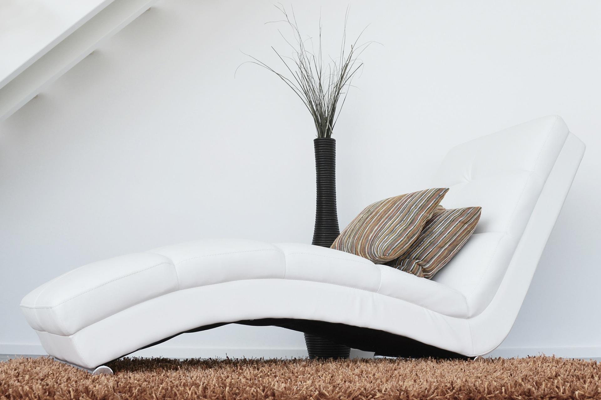 Nelle nostre residenze si può beneficiare di un elevato comfort abitativo grazie all'isolamento acustico e termico; ed è garantito al loro interno il ricambio d'aria 24/24h grazie alla ventilazione meccanica controllata (VMC)